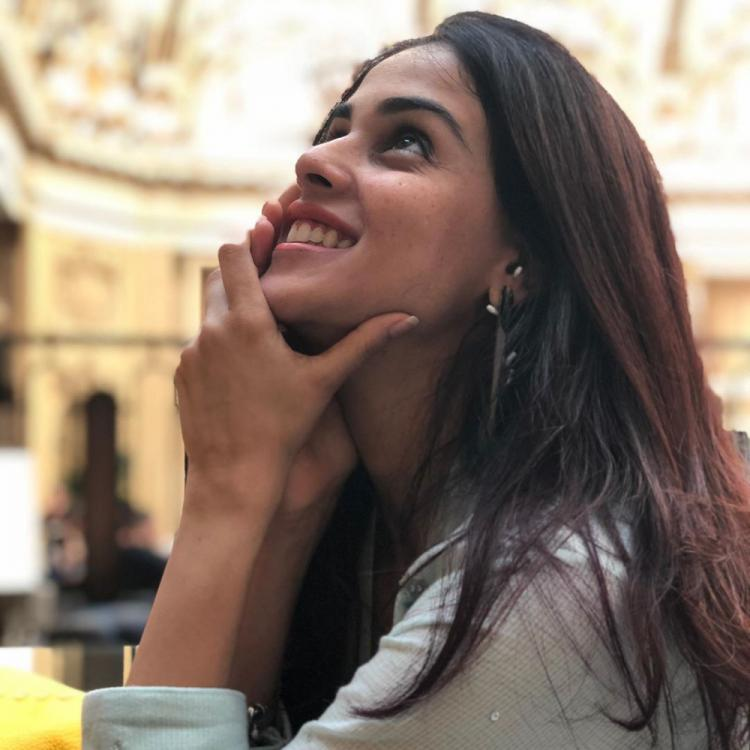 Genelia Deshmukh is all smiles in her latest picture and we can't take our eyes off; Check it Out