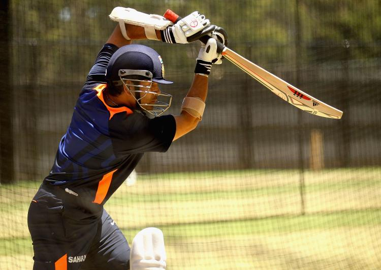 Watch: Sachin Tendulkar finds new ways to practice on water-logged pitch