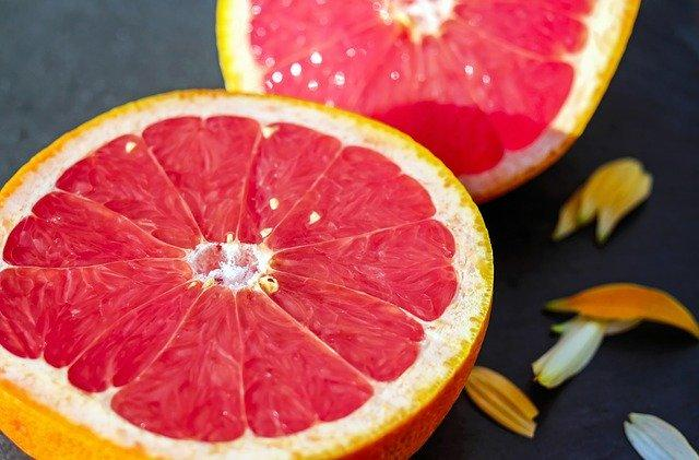 Grapefruit Benefits: Here's how this fruit can help you with weight loss