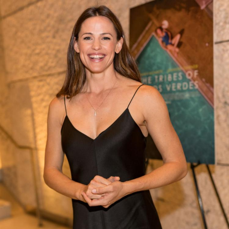 Jennifer Garner opens up on how her family and cats have kept her sane amid lockdown