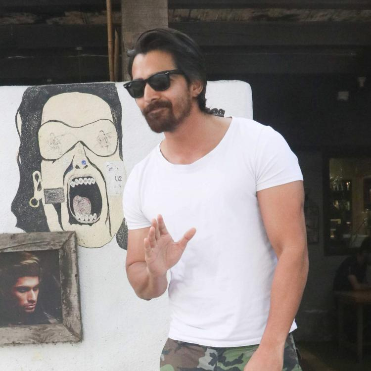 Harshvardhan Rane to sell his bike to get oxygen concentrators