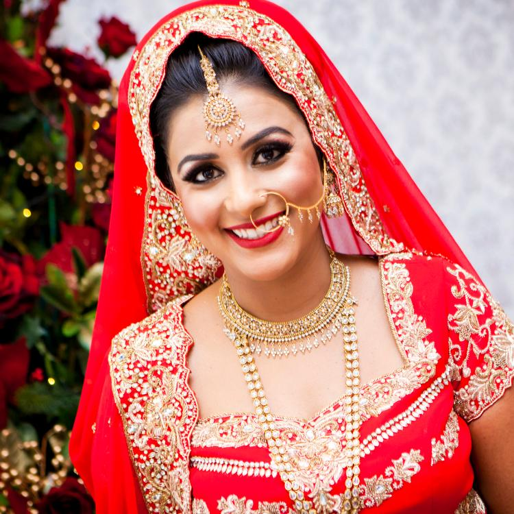 HD Makeup vs Airbrush Makeup: Which one is better for wedding?