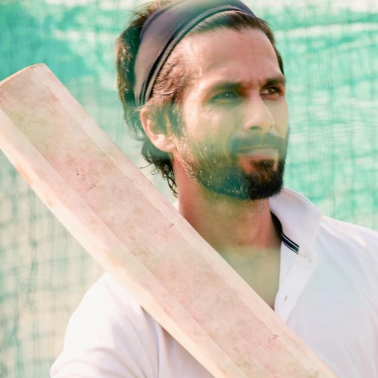 Here why Shahid Kapoor will need 2 weeks of cricket practice & prep before resuming Jersey shoot post Unlock