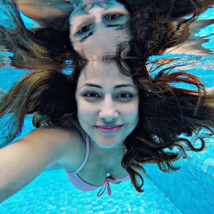 Hina Khan turns into a mermaid as she clicks gorgeous selfies underwater and proves to be a water baby