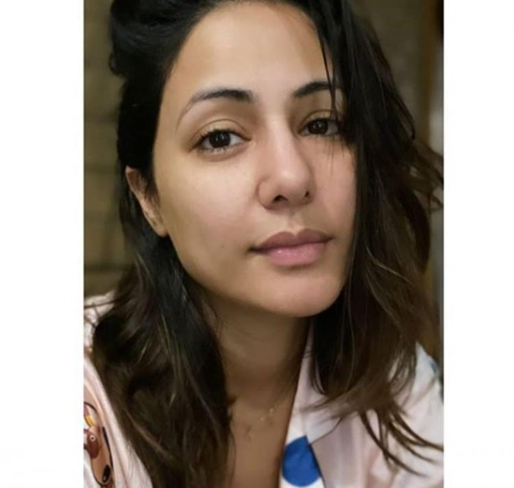 Hina Khan urges everyone to pick up their pieces with a warm selfie; Says 'We will fight back'