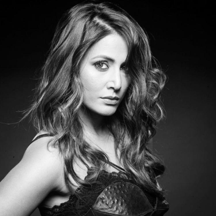 Hina Khan wins the internet with her ravishing look and killer expressions in a new monochrome PHOTO