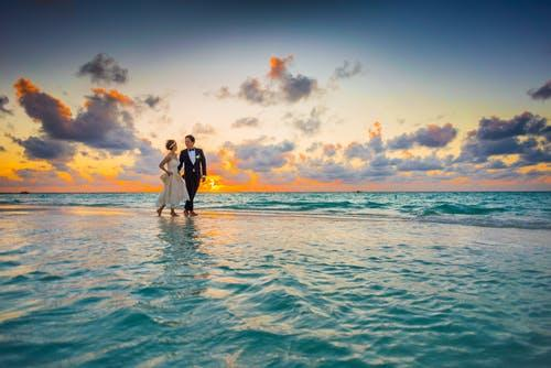 Going for your honeymoon? Here's a list of essentials you need to pack