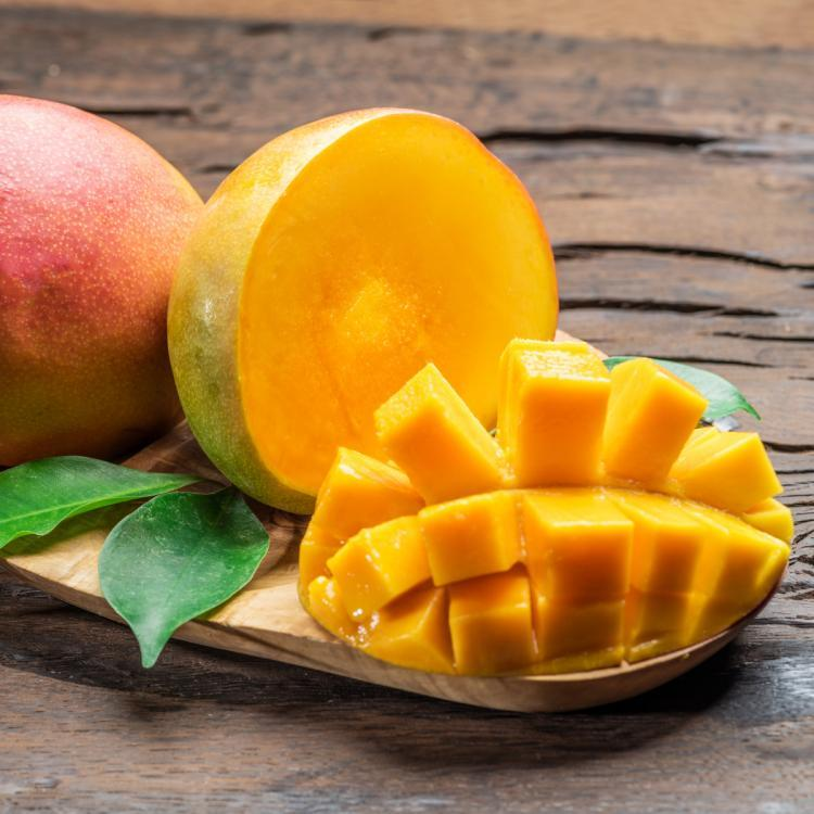How to pick up the right mangoes? Find out