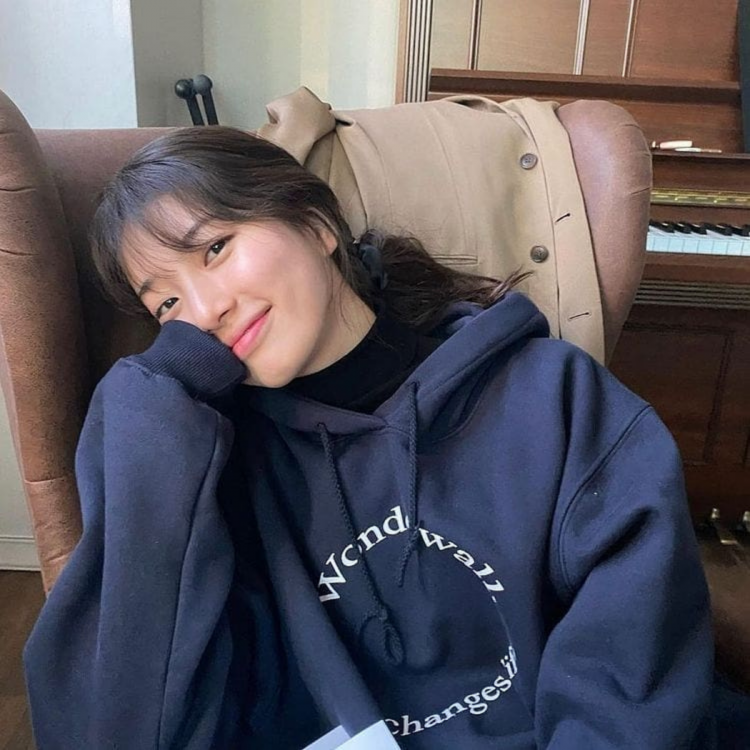 Actress Bae Suzy posing for a comfy click; features in our list of idols turned actors!