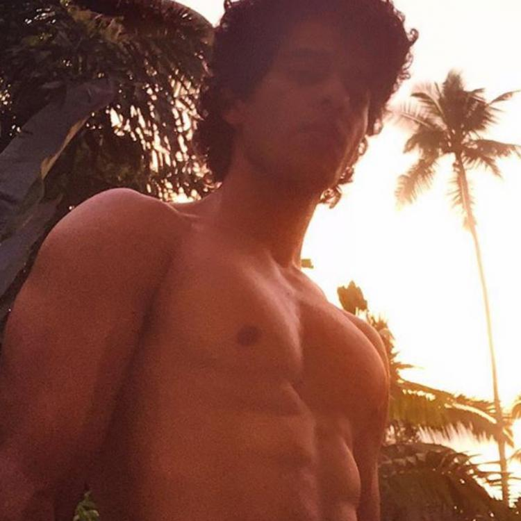 Ishaan Khatter flaunts his abs in latest shirtless photo.