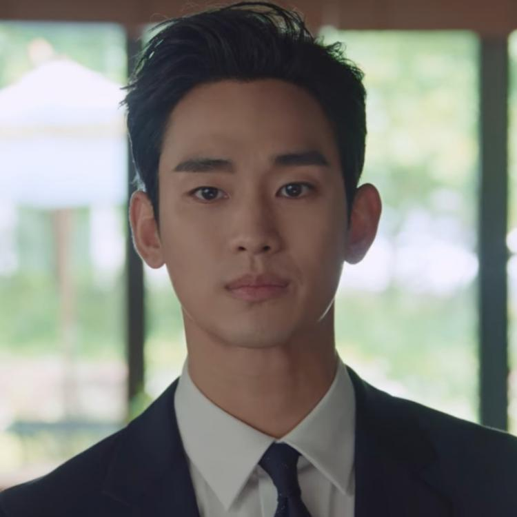 It's Okay To Not Be Okay Ep 12 ratings slightly dip; Kim Soo Hyun suiting up for family pic has fans drooling