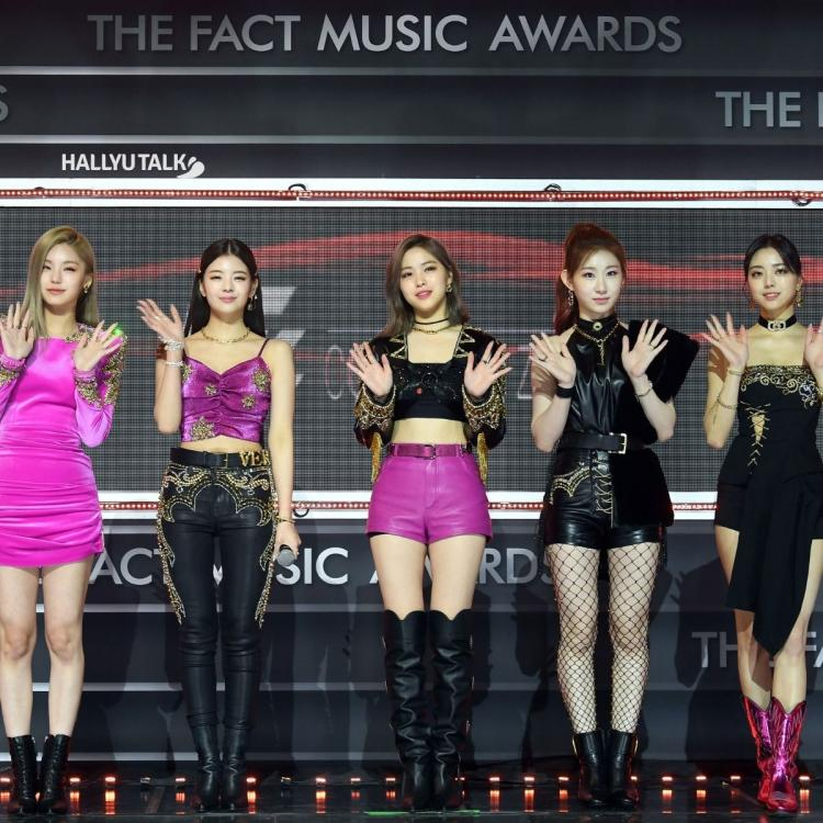 ITZY at 2020 The Fact Music Awards
