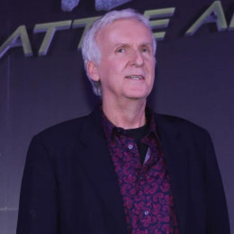 James Cameron lands in New Zealand to resume the production of Avatar 2