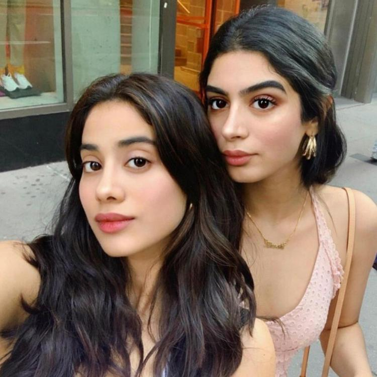 Janhvi Kapoor spends quality time with sister Khushi Kapoor & father Boney Kapoor in New York; View PICS