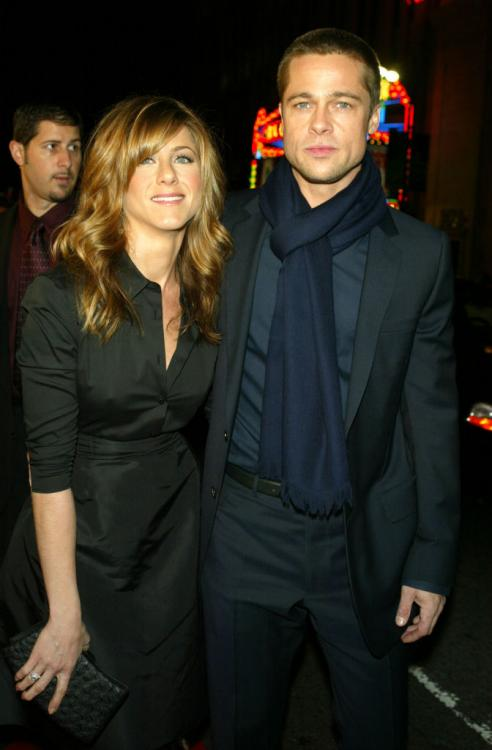 Jennifer Aniston is on friendly terms with ex husband Brad Pitt and they occasionally talk; DEETS INSIDE