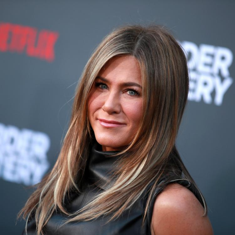 Explosive 911 call from Jennifer Aniston's home involved a knife incident months after Justin Theroux split?