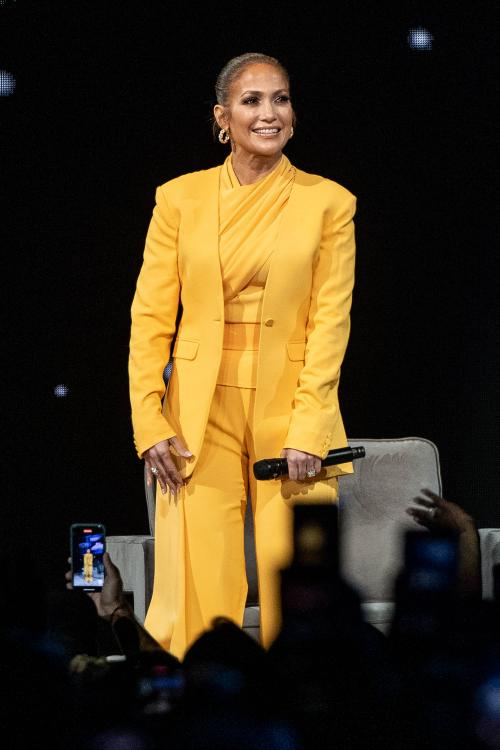 Jennifer Lopez was snubbed from the Supporting Actress category for Hustlers at Oscars 2020.