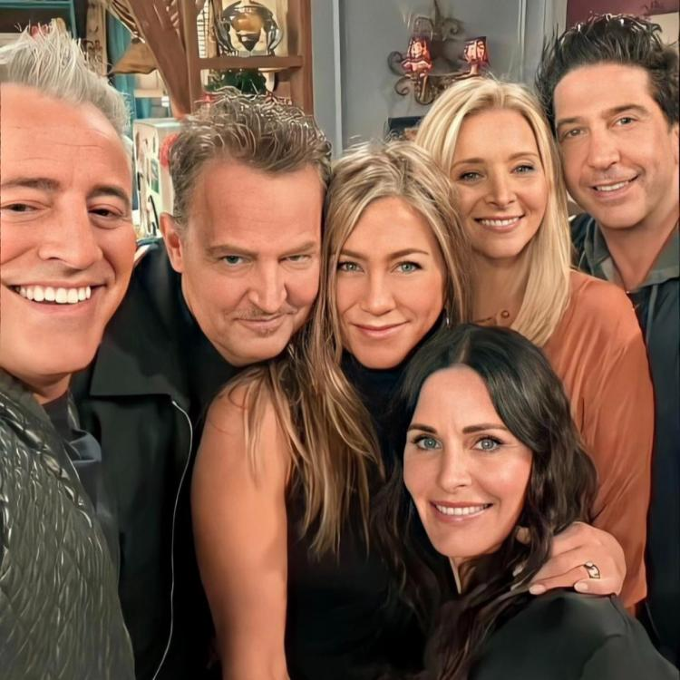 Jennifer Aniston on EMOTIONAL Friends Reunion: It almost felt like time had  stopped and we time travelled   PINKVILLA