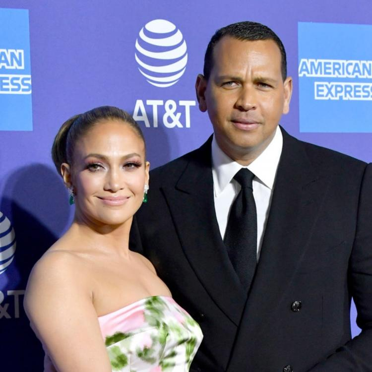 Jennifer Lopez has completely 'cut off' contact with Alex Rodriguez; Source says 'She doesn't trust him'