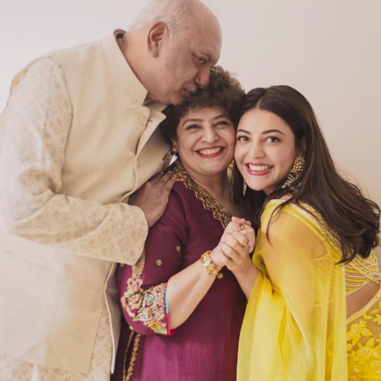 Kajal Aggarwal photo with parents on anniversary