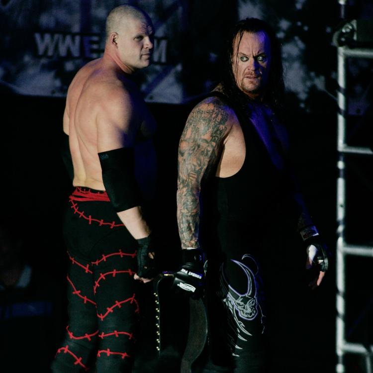 """Kane tweeted it's """"perfect"""" that The Undertaker revealed the happy WWE Hall of Fame news to him."""