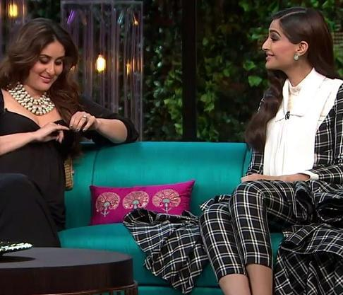 Kareena Kapoor Khan raises some important questions on Homosexuality and Sonam Kapoor's answers are on point