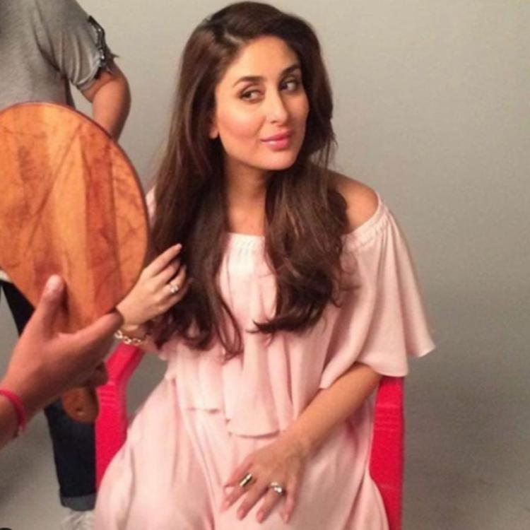 Kareena Kapoor Khan admiring herself in the mirror between a shot in a throwback PHOTO is every girl ever