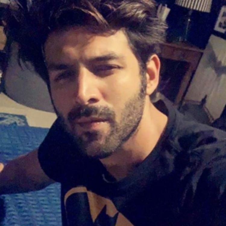 Kartik Aaryan shares a PHOTO while wearing a Batman t shirt but his hilarious question leaves us in splits