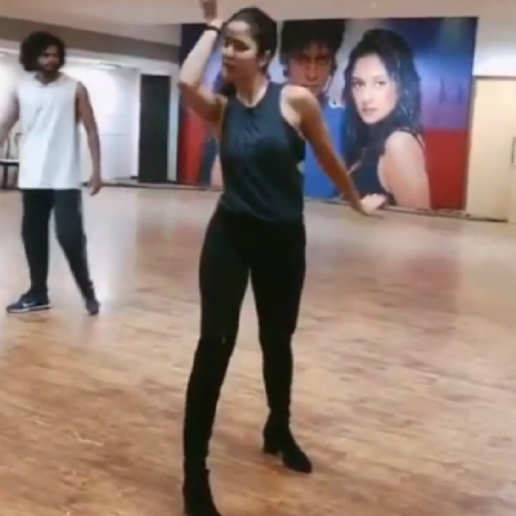Katrina Kaif nails every move of Husn Parcham in heels as she rehearses for a dance performance; WATCH