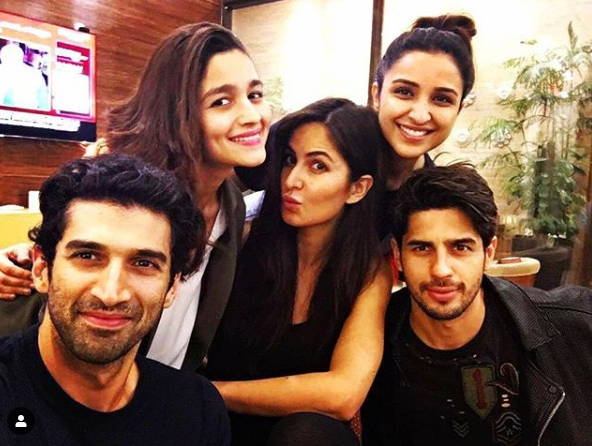 Katrina Kaif, Alia Bhatt, Aditya & others posing in this throwback photo makes us want them do a film together