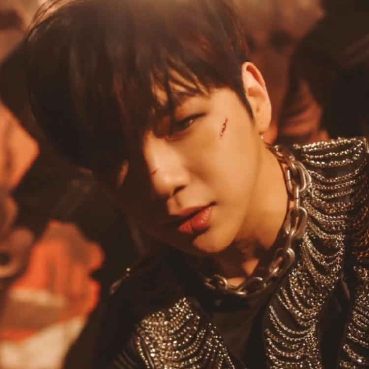Kang Daniel in the music video for Who U Are.
