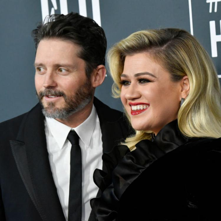Kelly Clarkson parts ways with husband Brandon Blackstock; Source reveals 'Divorce was her only option'