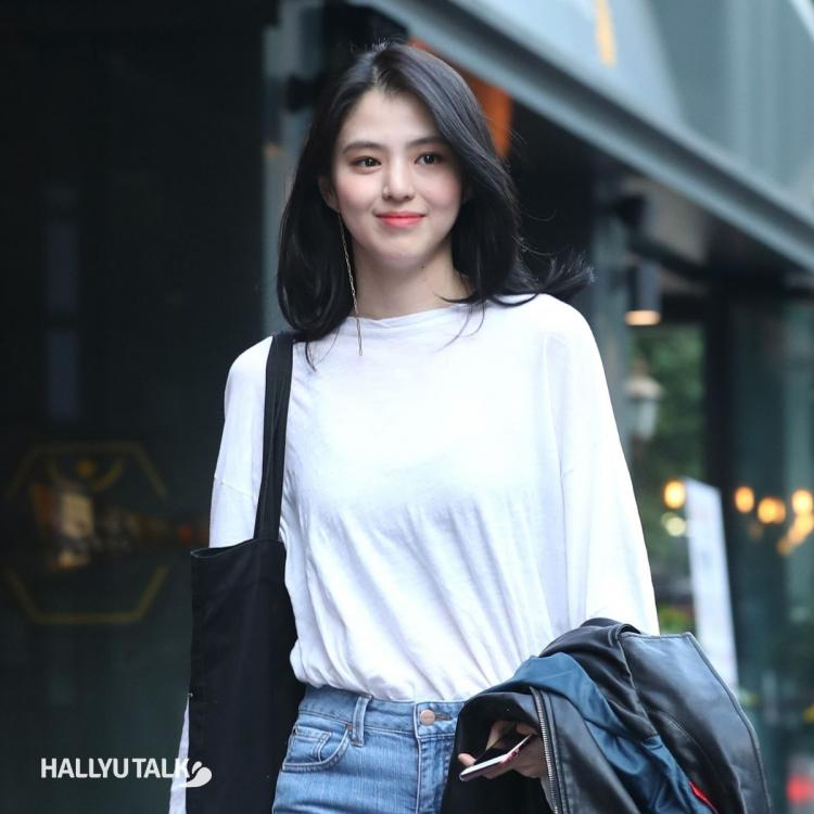 The World of The Married actress Han So Hee clicked in a casual white tee, blue denim by the media