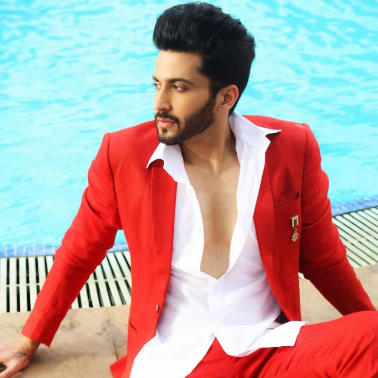 Kundali Bhagya fame Dheeraj Dhoopar REVEALS his social media accounts were Kundali Bhagya fame Dheeraj Dhoopar REVEALS his social media accounts were hacked; Actor files a complainthacked; Actor files a complaint