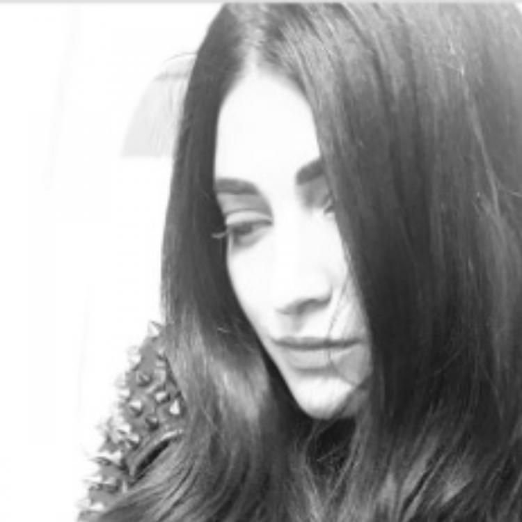 Shruti Haasan shares a monochrome picture of herself as a fond memory & fans are crushing over it