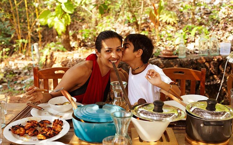 Malaika Arora is all smiles as she gets a kiss from son in a throwback photo; Take a look!