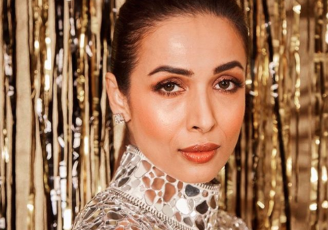 Malaika Arora has a SIMPLE 3 ingredient home remedy for acne breakouts that requires minimum effort