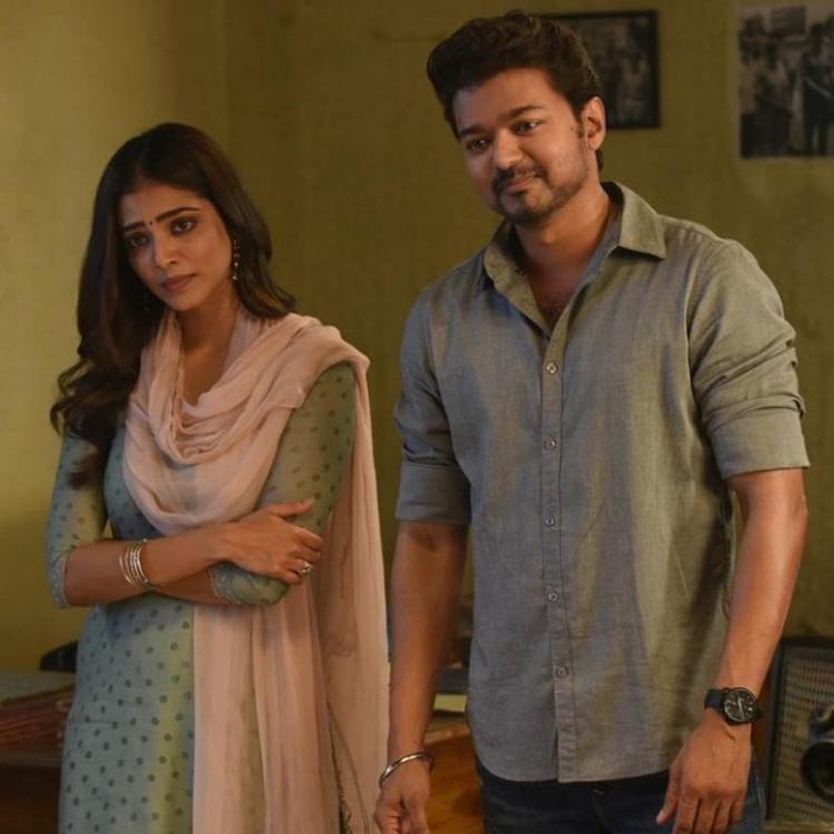 Malavika Mohanan shares BTS PICS with Vijay from Master; Says the film gave her memories to cherish for life