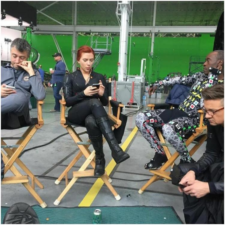 Avengers: Endgame: Mark Ruffalo shares a throwback pic from the sets; Check it out