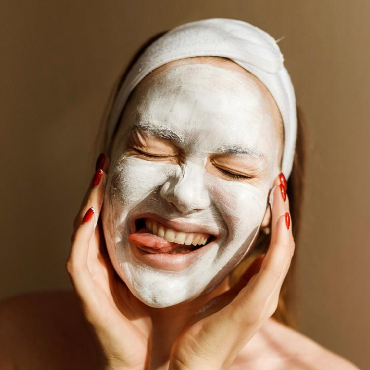 4 Masks that work hard to treat skin woes while you sit back and relax
