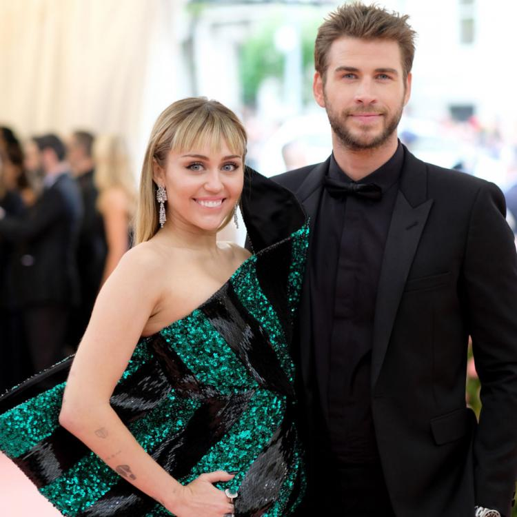 Miley Cyrus & Liam Hemsworth 'not on the same page' when it comes to fundamental things; Deets Inside