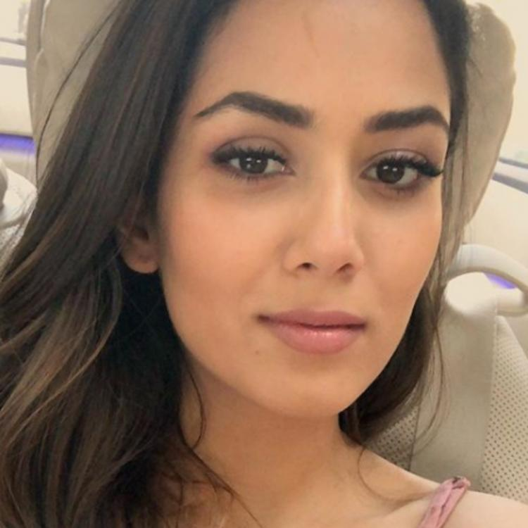 Mira Rajput amps up the makeup game in her new PHOTO along with a motivational note