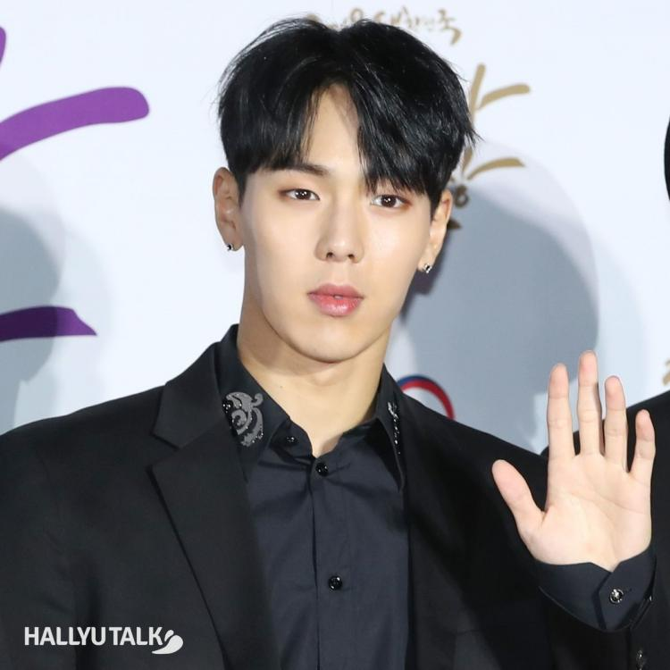 MONSTA X's Shownu seen at a Popular Culture and Arts Awards in 2019