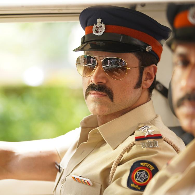 Mumbai Saga: Emraan Hashmi is all set to impress fans with his cop act; Check out his first look