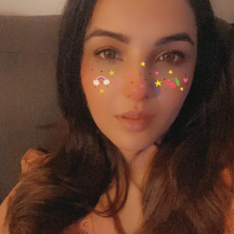 Naagin 4 star Jasmin Bhasin's stay at home pictures might make you want to click some photos yourself