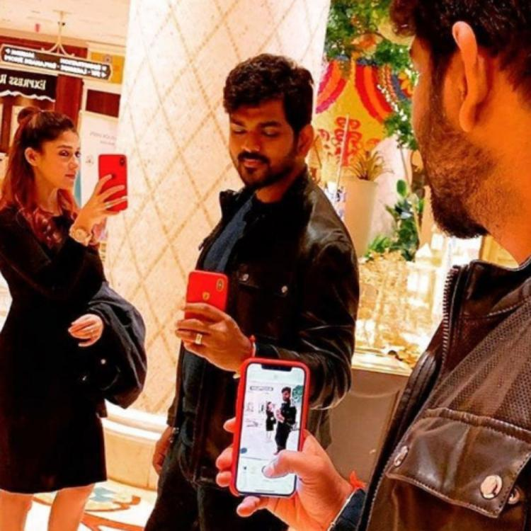 Nayanthara & Vignesh Shivan make for a perfect couple as they twin in black in this throwback mirror selfie