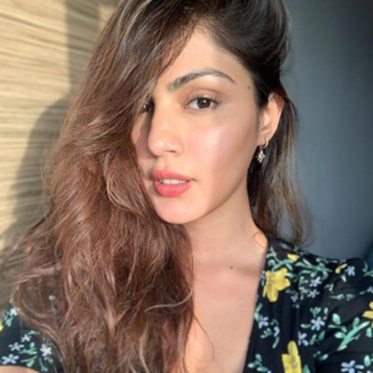 Newswrap, August 9: Rhea Chakraborty's texts with Sushant Singh Rajput, Mumbai Police on Disha Salian's case