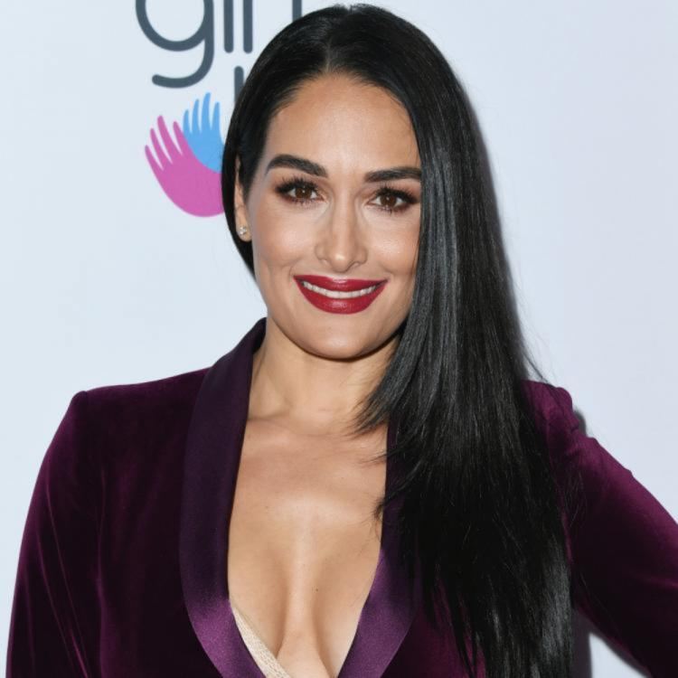 Nikki Bella shares her pregnancy update; Says her feet are so swollen that she can't even walk anymore