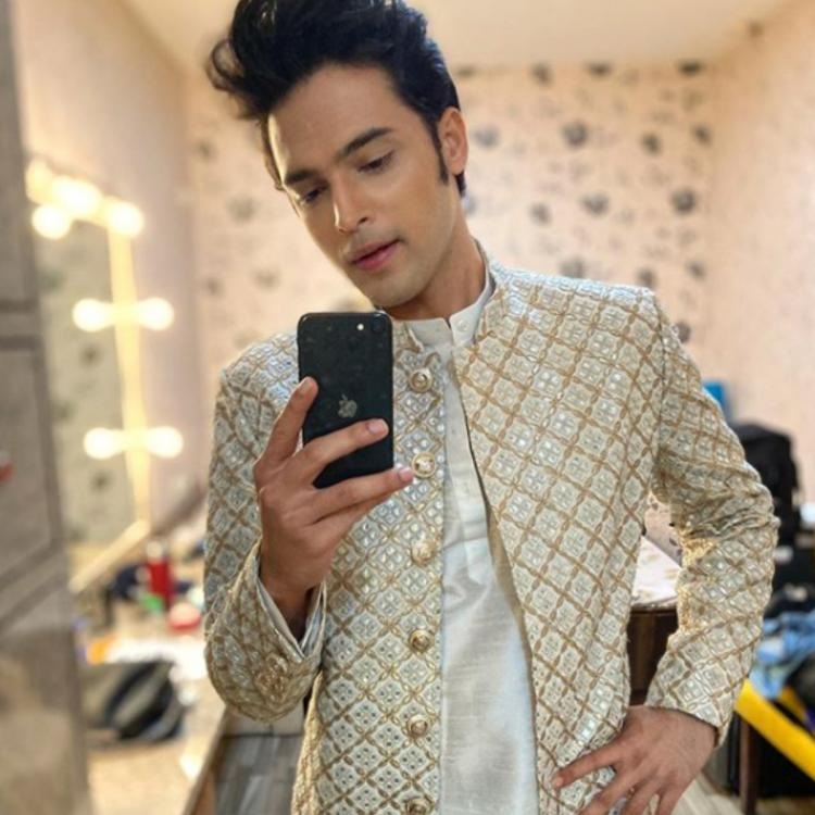 Parth Samthaan celebrates Diwali 2020 at home with family