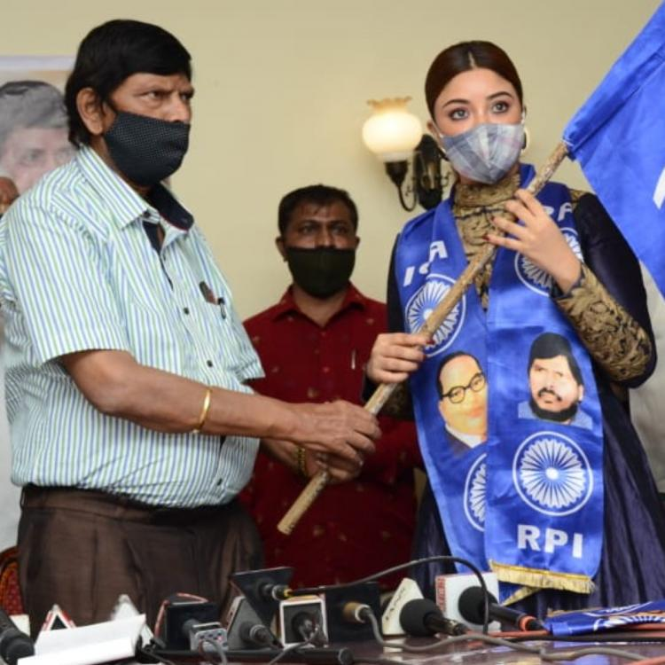 Payal Ghosh joins Union minister Ramdas Athawale's political party.